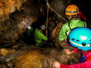 Cueva iniciación espeleología